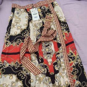 Zara brand new with tag scarf print pleated skirt